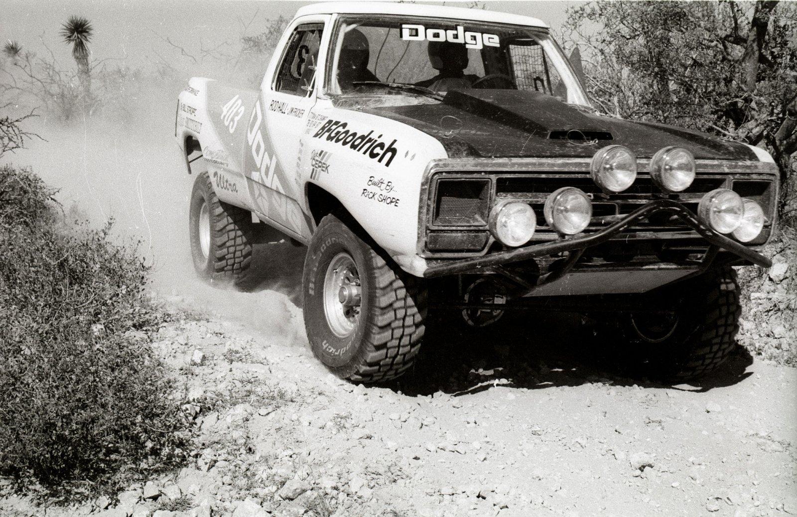 1989. Baja1000. 403. Hall. 21x.jpg