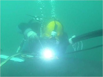 Underwater Welding.jpg