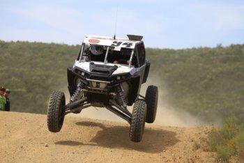 DAY1-JUMP-PIEDRAS GORDAS F1 CARS-0415.JPG