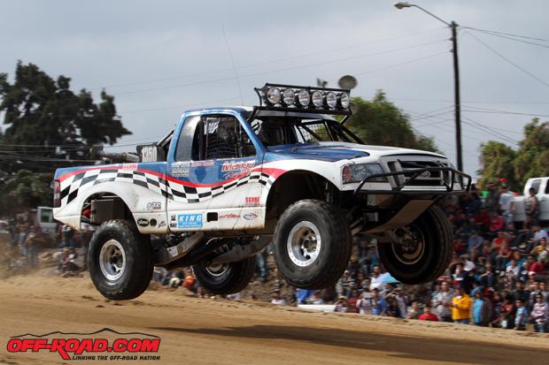 15-Chelsea-Magness-Pro-Truck-SCORE-Baja-1000-11-21-13.jpg