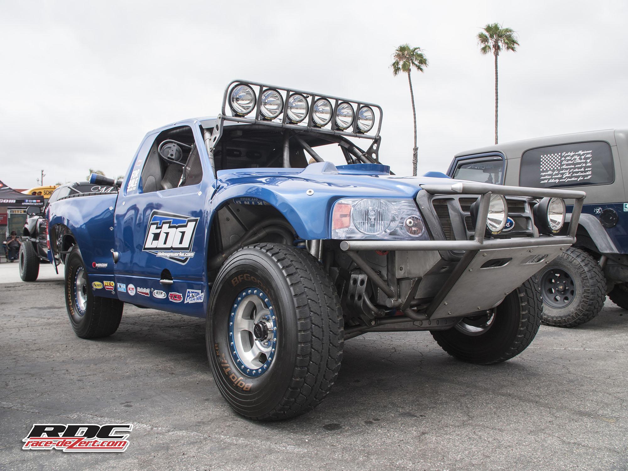 2018-fuel-the-desert-race-dezert_01.jpg
