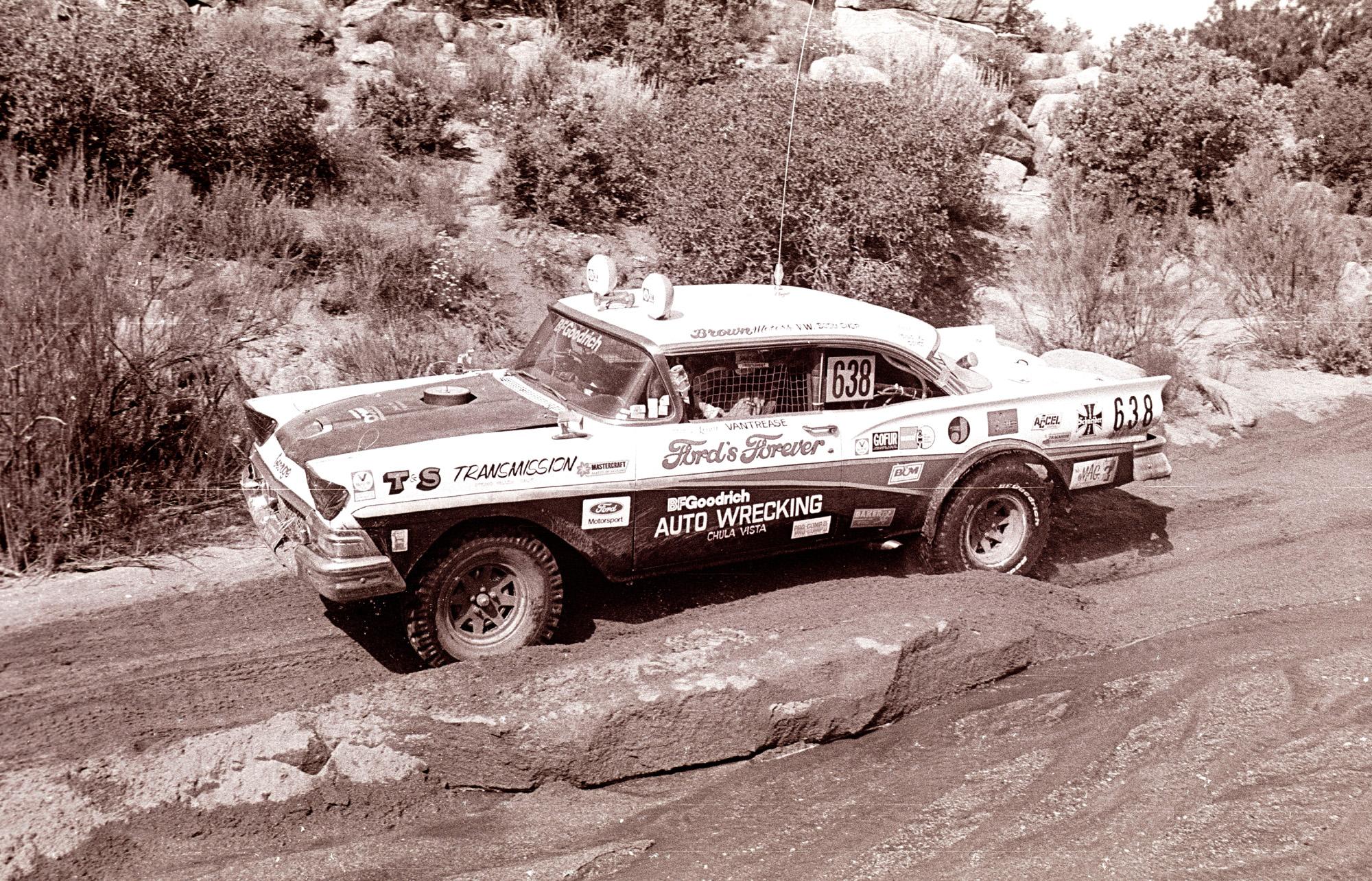 CenterlineImages.1980.Baja500.Vantrease.638.Ford.21x.jpg