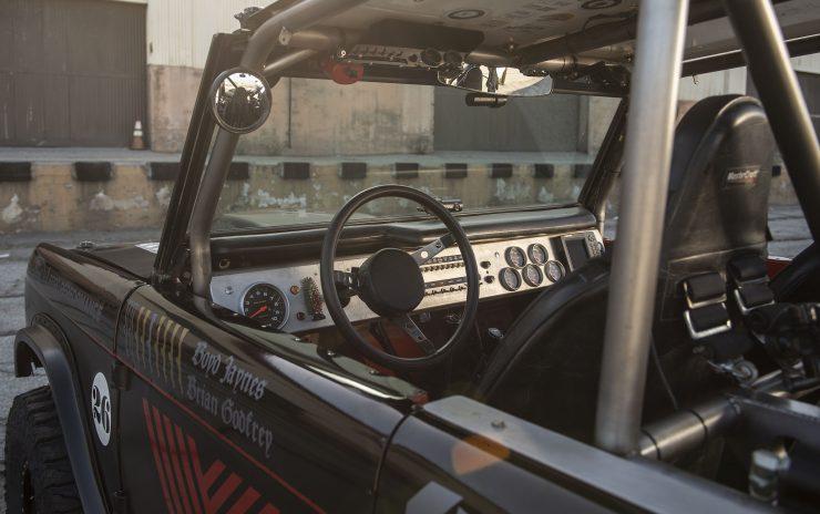 Ford-Bronco-Interior-2-740x464.jpg