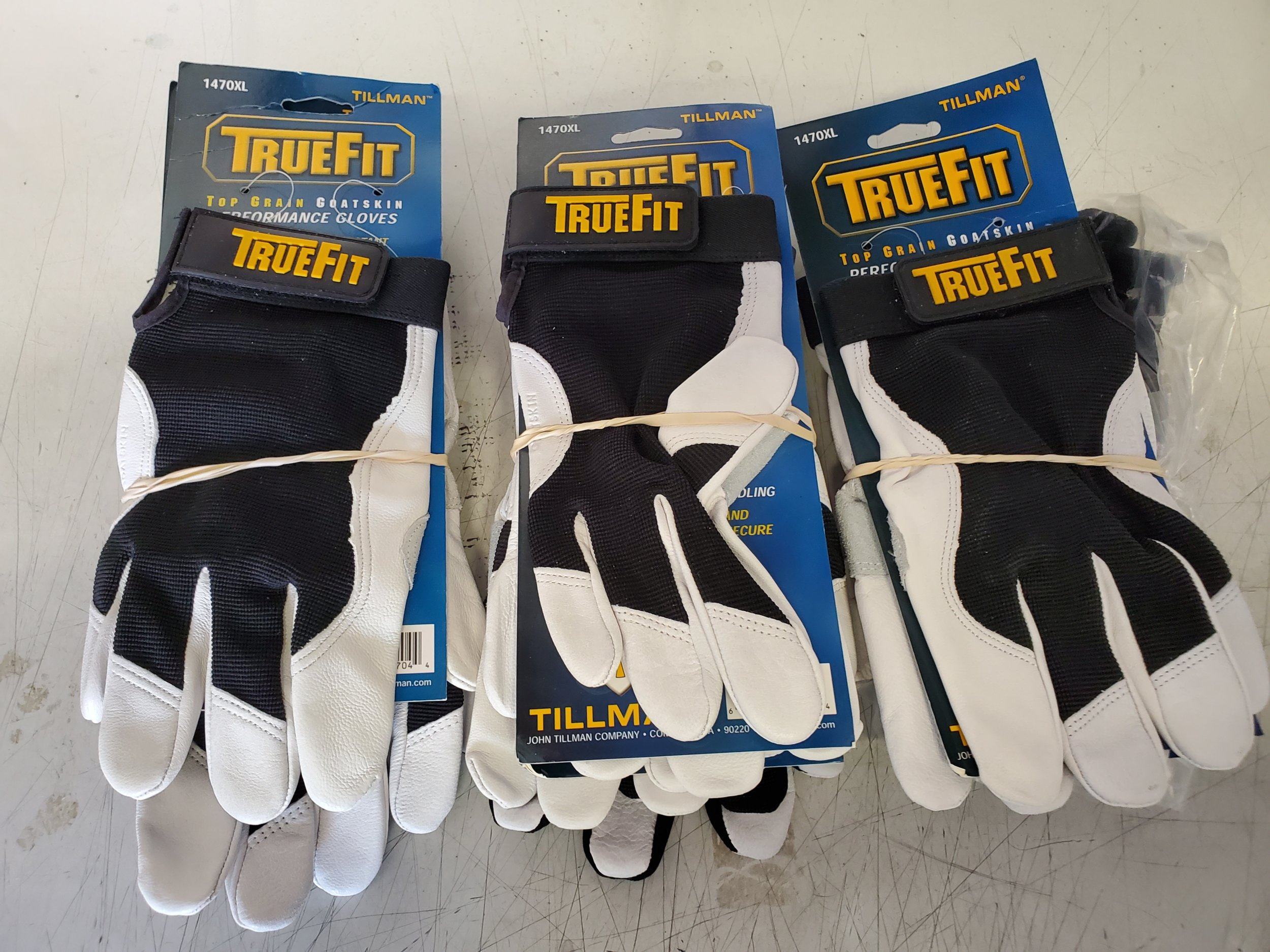pit gloves smlxl.jpg