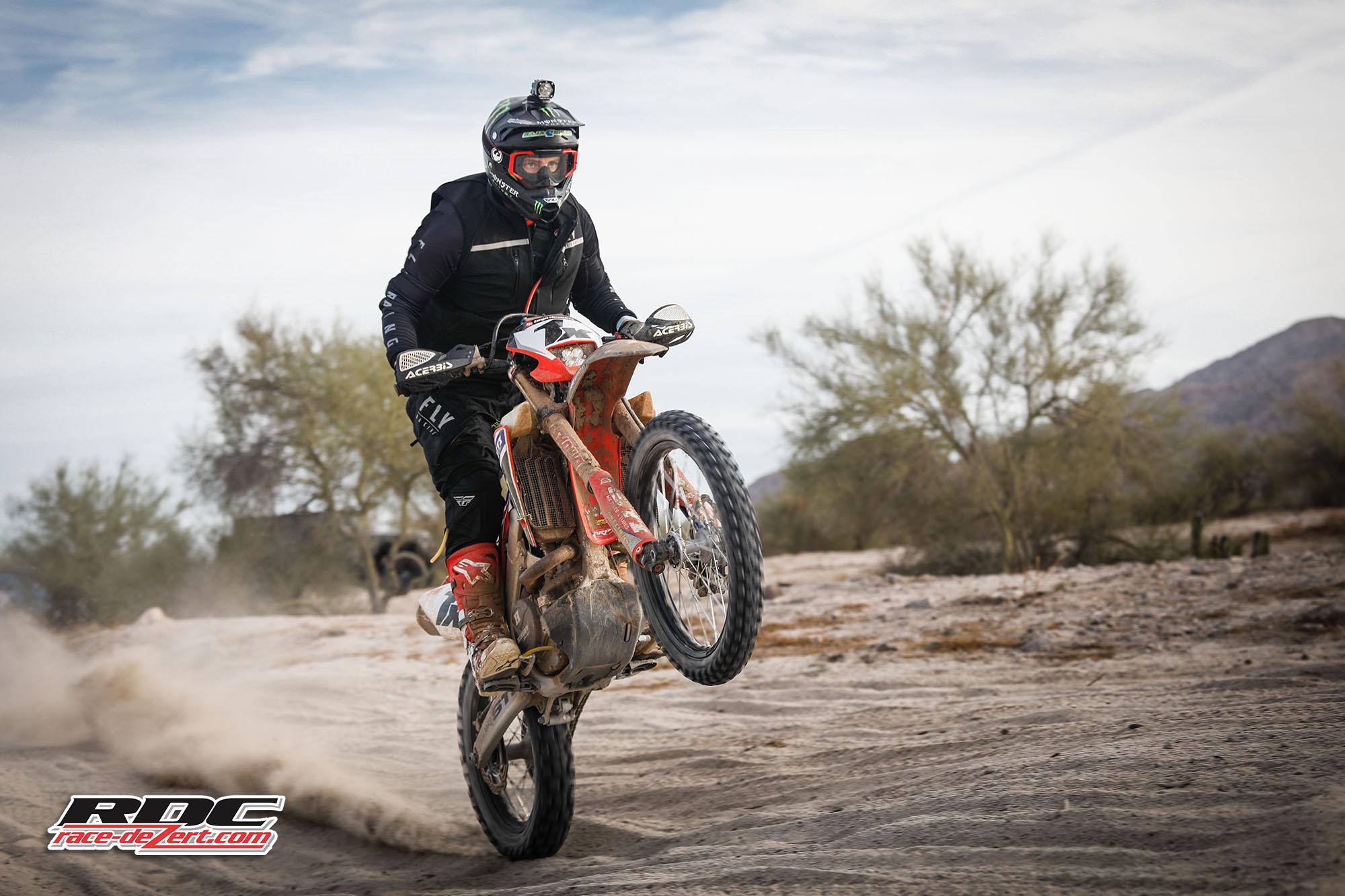 2019-score-baja1000-1x-westx1000-race-dezert-004.jpg