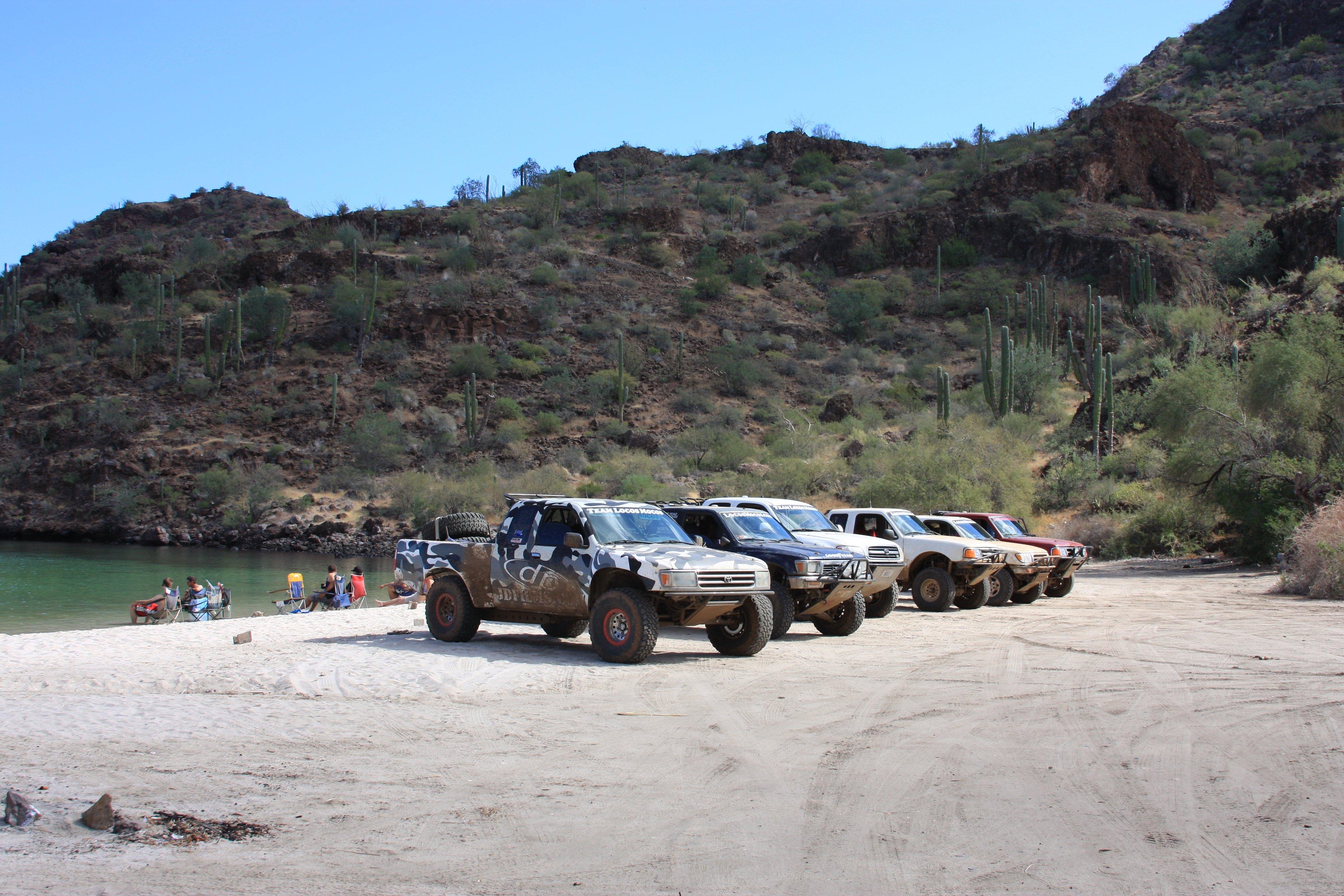 2007-Baja1000-LocosMocos-2.JPG