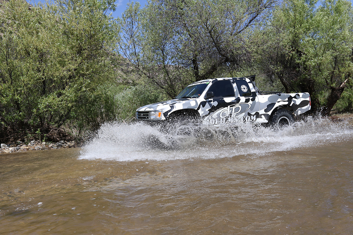 2017-compadretrail-curtis-guise-toyota-t100.jpg
