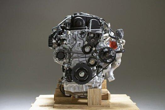 002-fk8-typeR-crate-engine.jpg